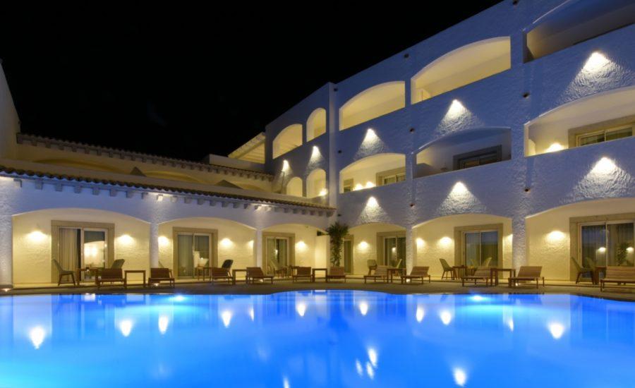 GRAND HOTEL CANNIGIONE – Il primo Hotel 5 stelle a Cannigione
